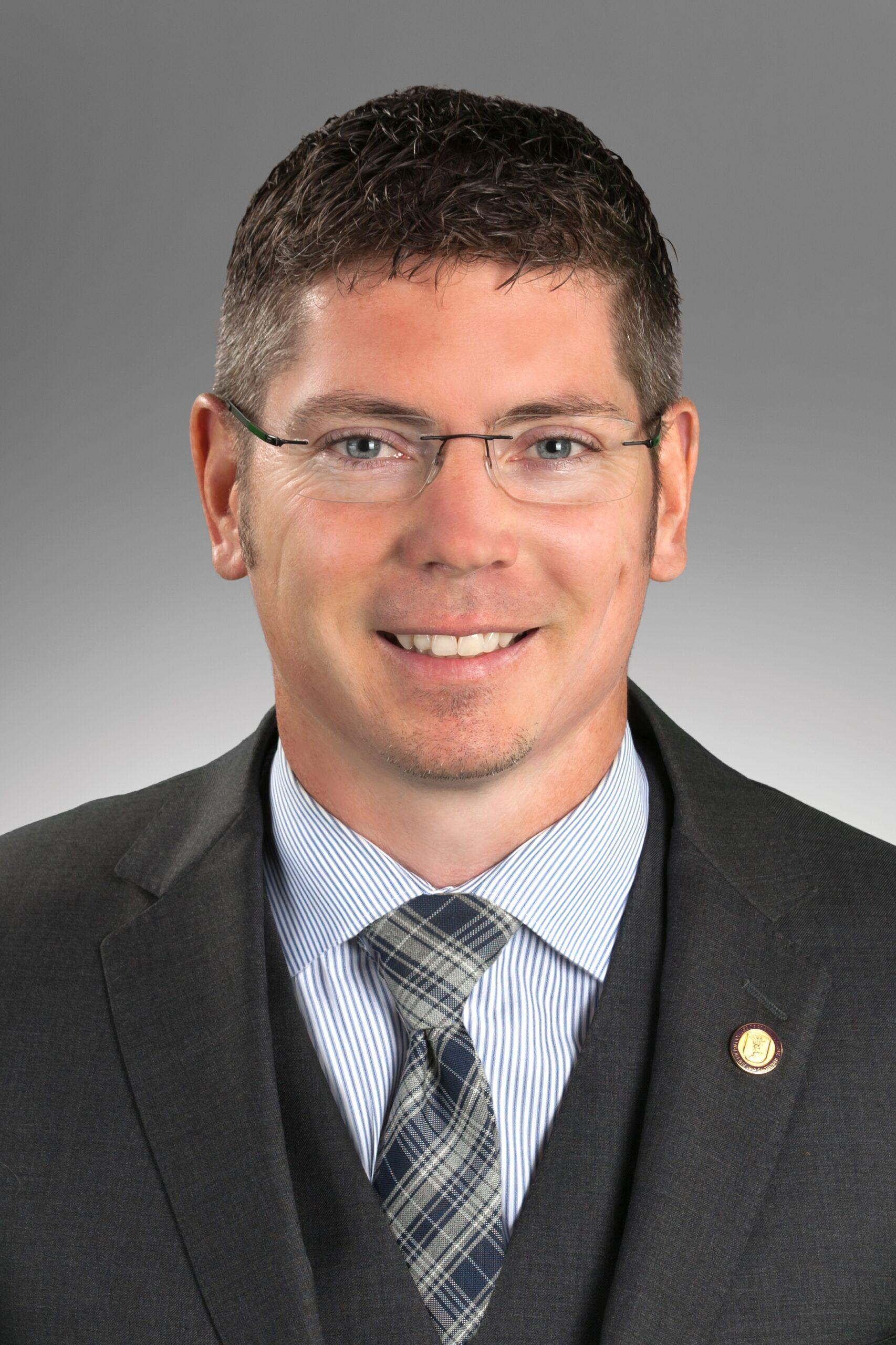 Dr. Jason Anderson